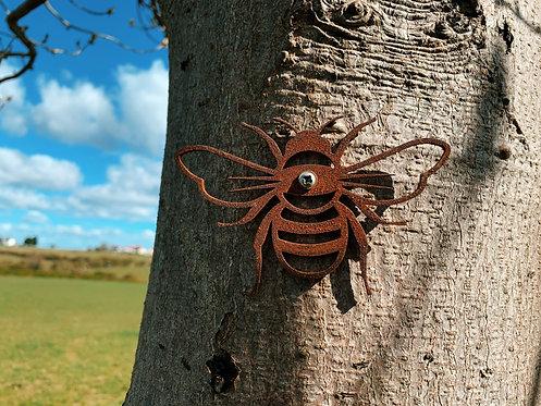 Rusty Bee Garden Ornament