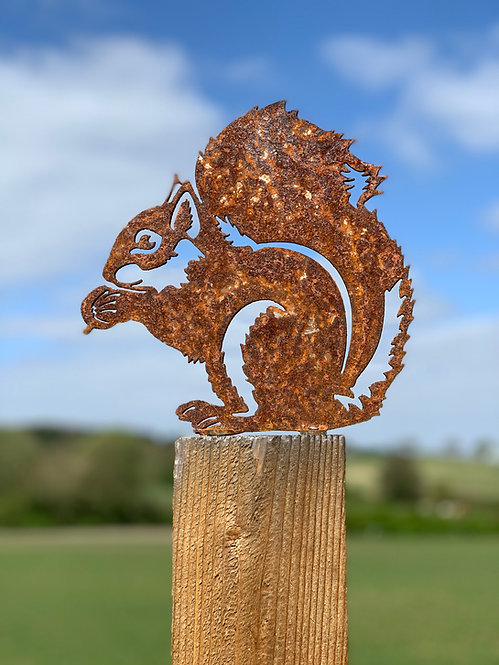 Rusty Squirrel Fence Topper