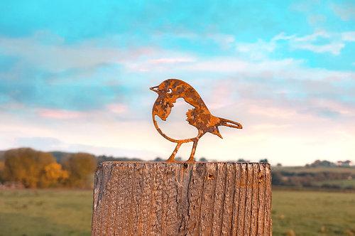 Mini Rusty Robin Post Topper