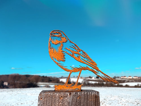 Rusty Detailed Robin Metal Fence Topper