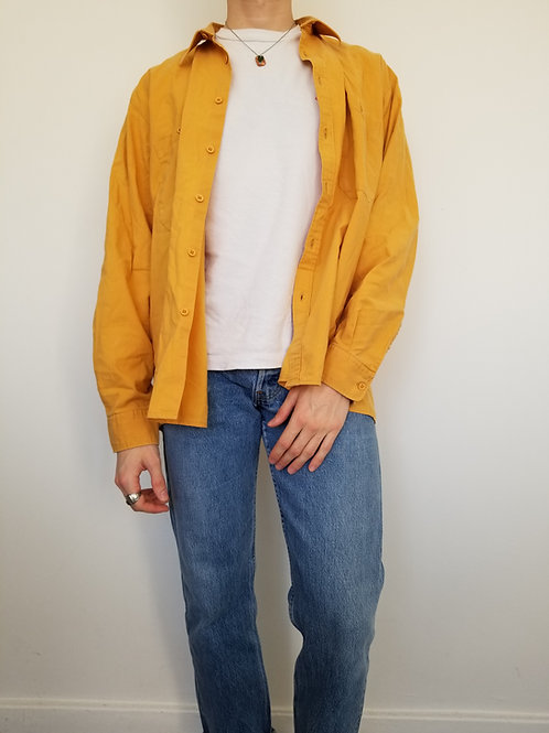 La superbe chemise jaune