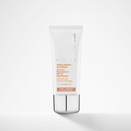 Dr. Dennis Gross Instant Radiance Sun Defense Sunscreen SPF 40 (Light-Medium)