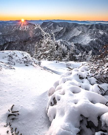 Snow on Mt Leconte