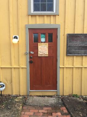 Bloomery Sweetshine Distillery, Harpers Ferry, WV, 20181122