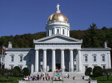Vermont_State_House_front.jpg