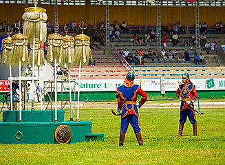 Mongolia-tour-guards.jpg