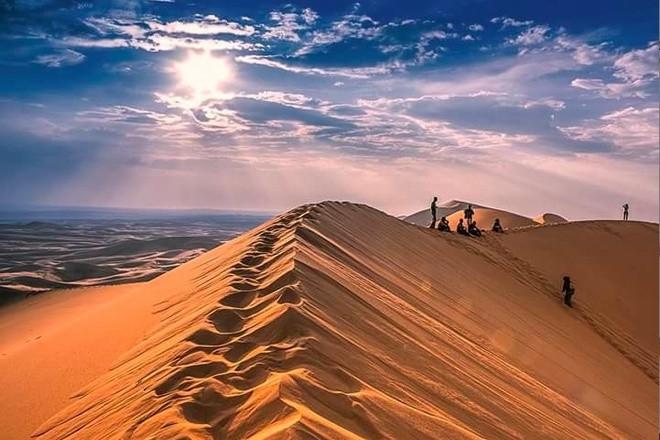 Khongor sand dunes - South Gobi