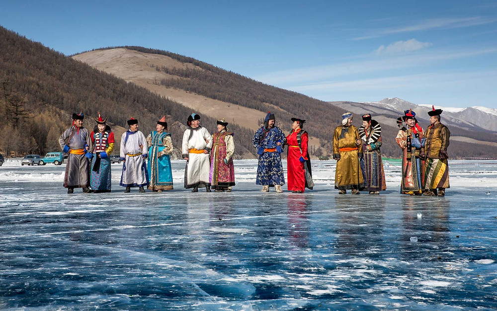 traditional Mongolian clothes - ethnic groups