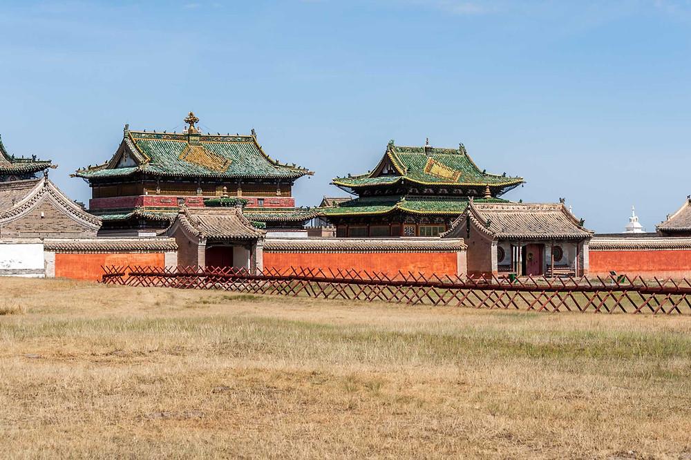 Erdenezuu temple