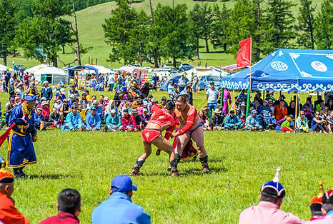 mongolia-wrestlers.jpg