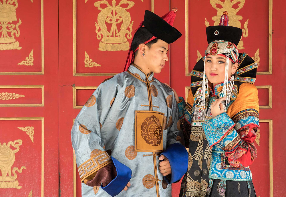 Traditional Mongolian clothes