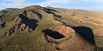 Khorgo Mountain.jpg