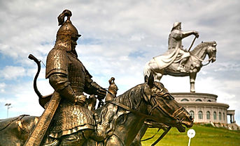 Mongolia-travel-guard-of-great-king.jpg