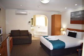 Our Executive Jetted Spa Units