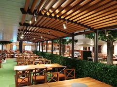 Area Ristorante: soffitto con doghe.