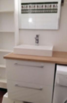 Etagère et meuble salle de bain