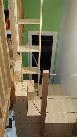 Meuble escalier mezzanine réalisé par Régis Planes, artisan menuisier de Cestas