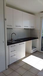 Cuisine équipée pour appartement locatif.