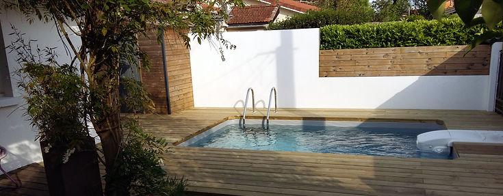 Aménagement d'une terrasse de piscine, par Régis Planes Agencement 33.