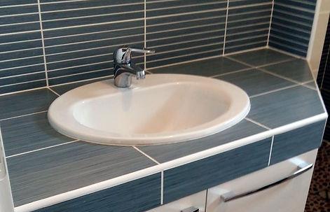 Faïence salle de bain existante.