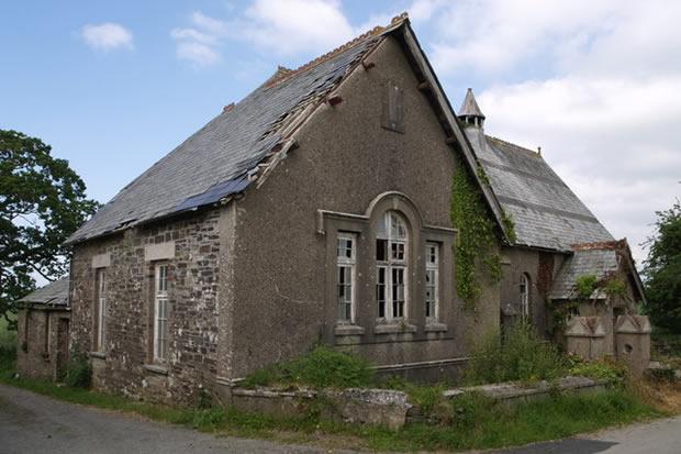 chapel_before