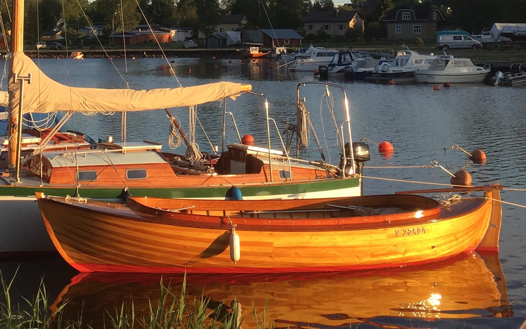 JB-snipa/Fiskari/Leisure boat