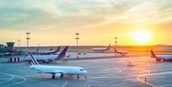 Companhias aéreas manterão apenas voos essenciais entre estados