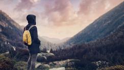 Como fazer amigos quando viajar sozinho