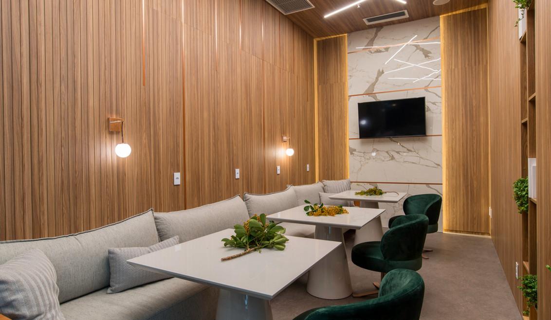 Ana Lúcia Pinto Designer de Interiores - Sala de Reunião 01