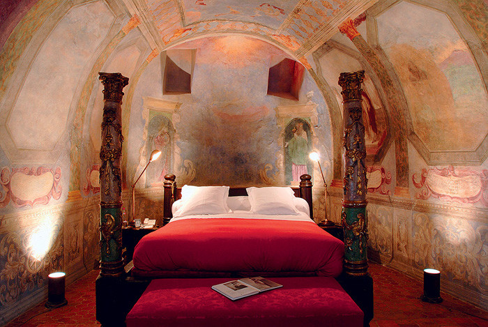 CHATEAU DE BAGNOLS hotels booking
