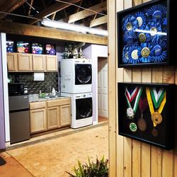 Laundry/ kitchen
