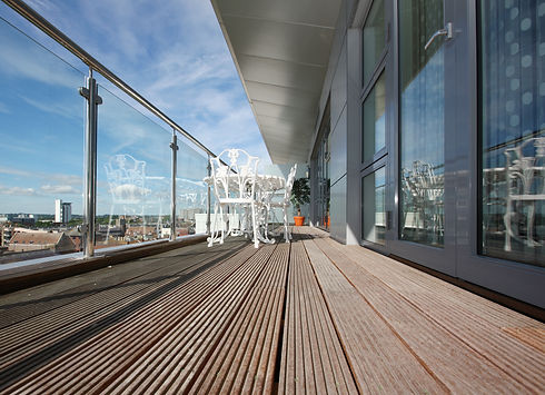 Glass and Stainless Steel Balustrade Sys