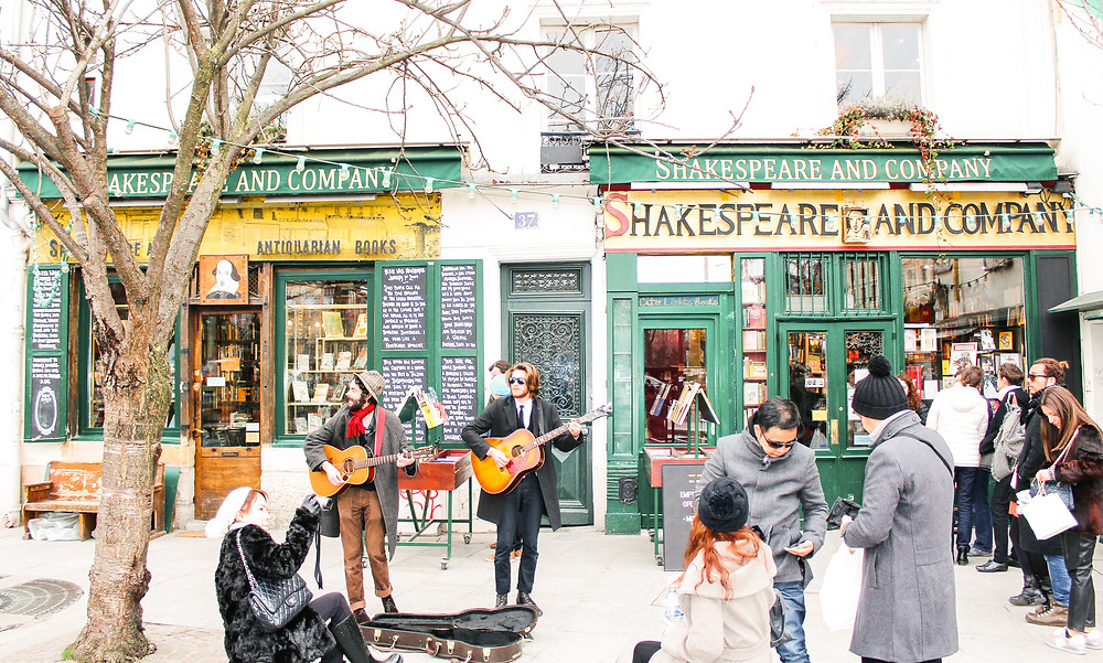 Shakespeare and Company Paris lA Guide to Paris l Travel Guide Paris l Week in Paris l A Style Alike