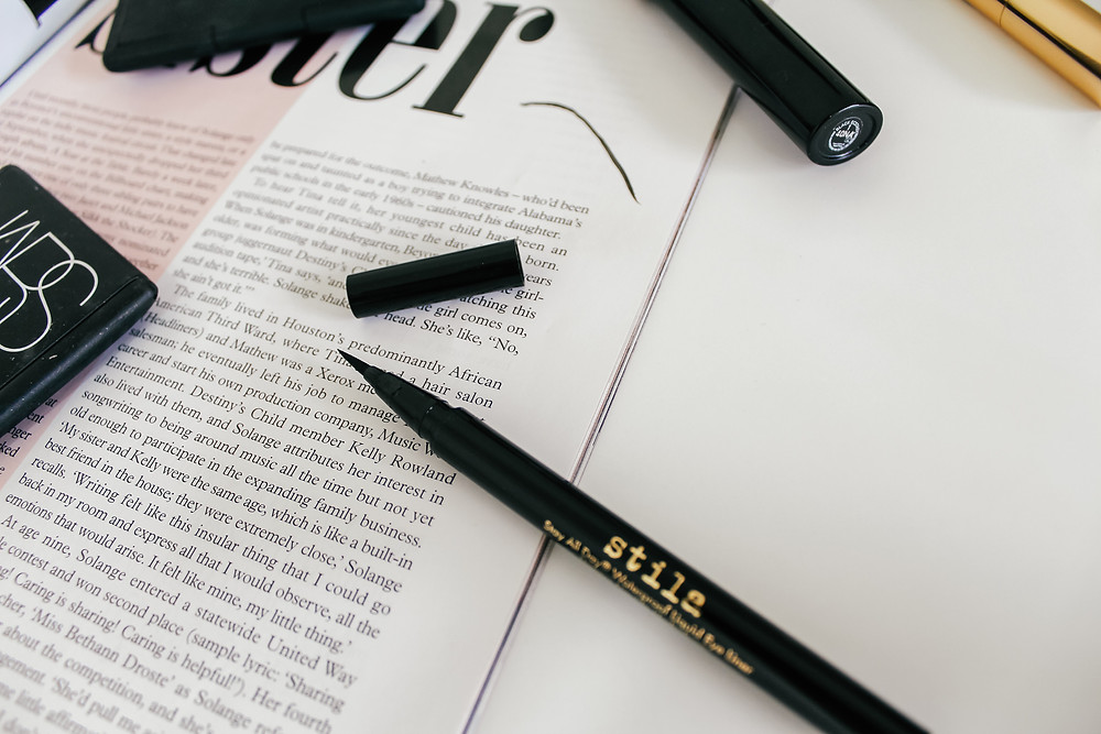 Stila All Day Waterproof Liquid Eyeliner.What's In My Makeup Bag l Makeup Routine l A Style Alike l Beauty