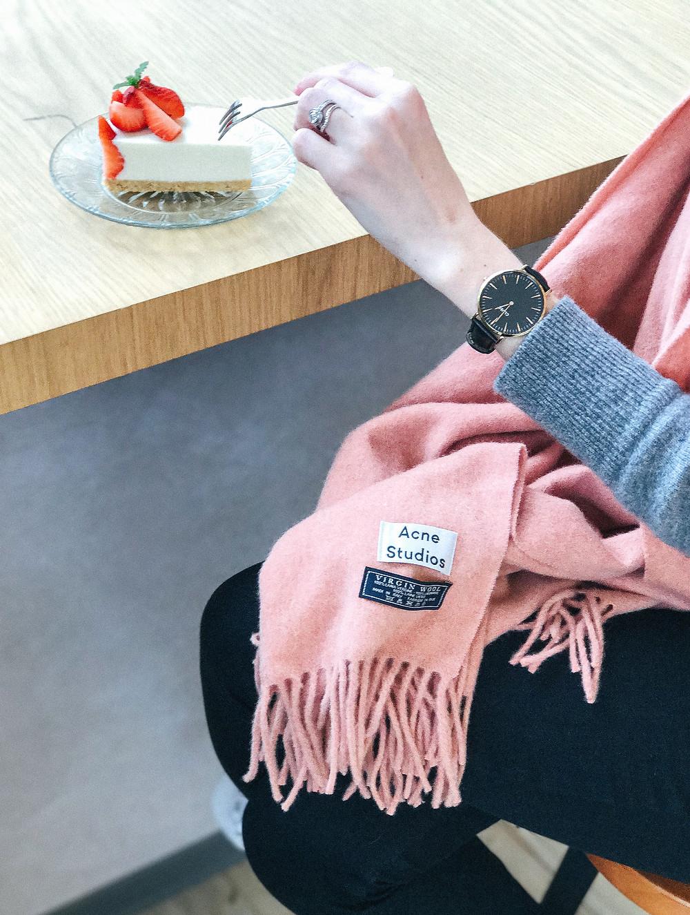 ACNE STUDIOS Canada scarves