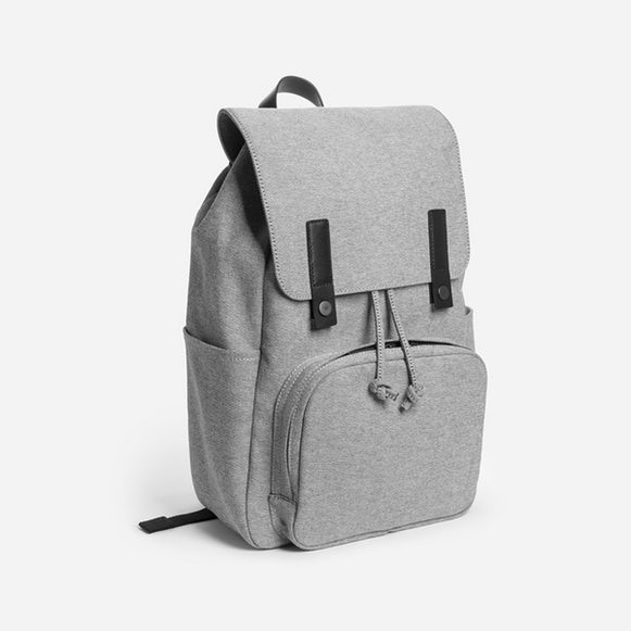 Christmas Gifts for Him 2017 EVERLANE The Modern Snap backpack