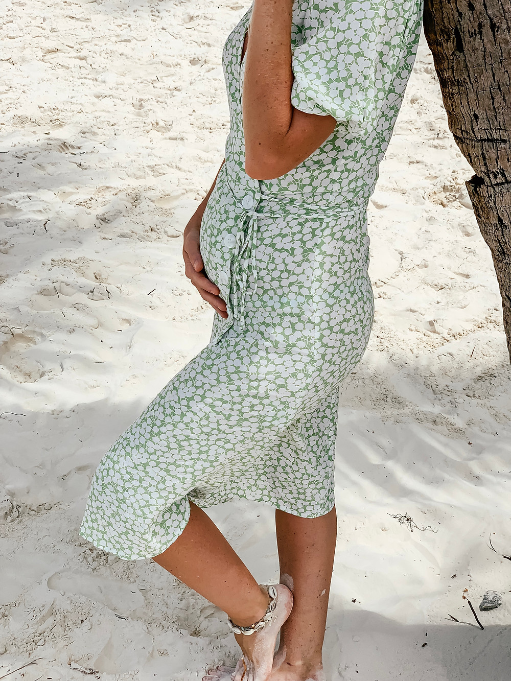 I'm PREGNANT l Pregnancy Announcement l A Style Alike l Faithfull The Brand Dress