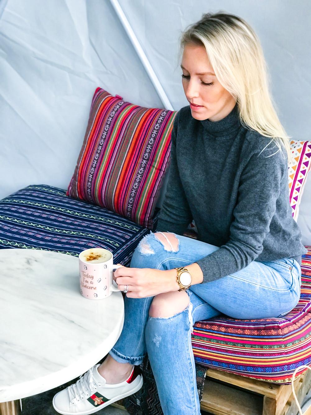 EVERLANE Cashmere Turtleneck | A Style Alike
