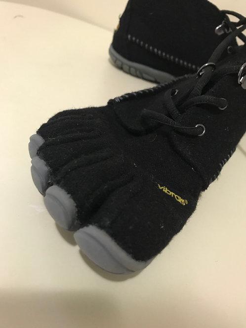 Vibram FiveFingers Shoe Size 9.5
