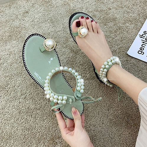 Female Sandals Flats Summer Lovely Pearls Simple Style New Wild Fashion Knob