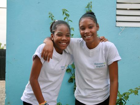 Super Sisters Yelisa and Yésica