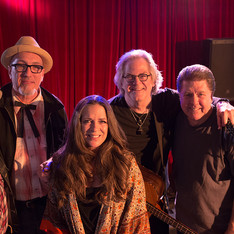 Kip Dabbs, Jeff Ross, Carlene Carter, John Jorgenson, Jay Dee Maness and James Intveld