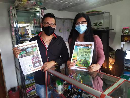 Entregando Don Madero, periódico comunitario de nuestro aliado DURATEX