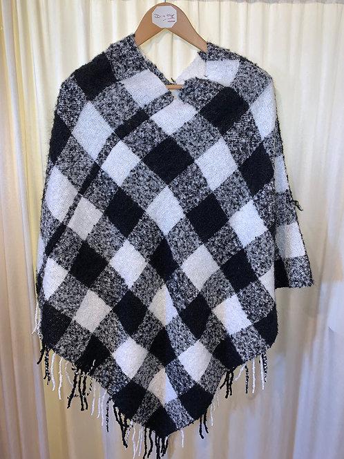Black and White Plaid Ponchos with Faux Fur Trim