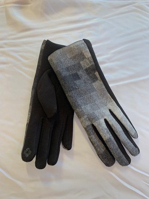 Grey / Black Checker Gloves