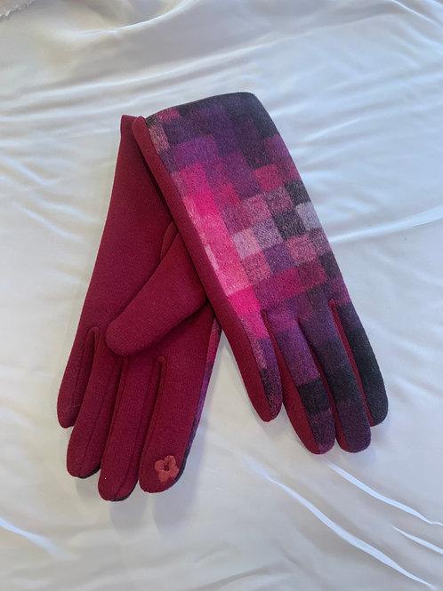 Pink / Wine Checker Gloves