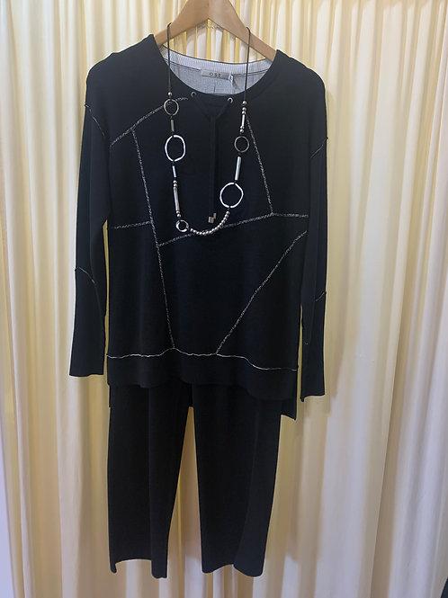 Black and Cream Reversable Knit 2 Piece Set