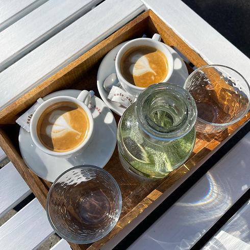 cafe cafe vonku.jpg