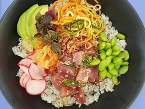 Kelly Eastwood's fresh and yummy Albacore Tuna Poke Bowl