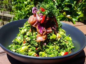 Green buckie breakfast bowl @ Blue Earth